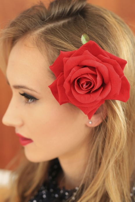Lucille Vintage Red Rose