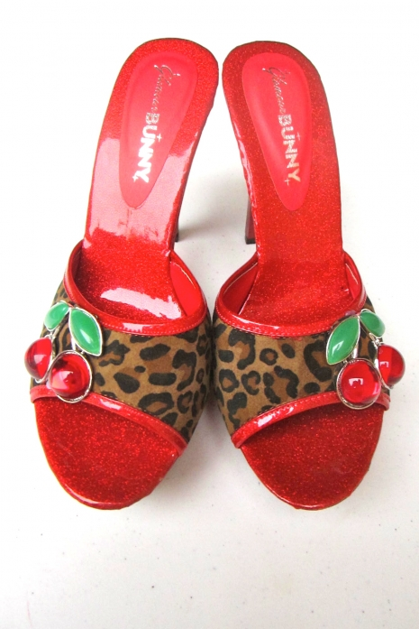Red Leopard Mules